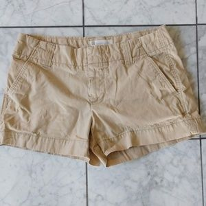 Size 8 Gap Favorite Chinos Khaki Shorts